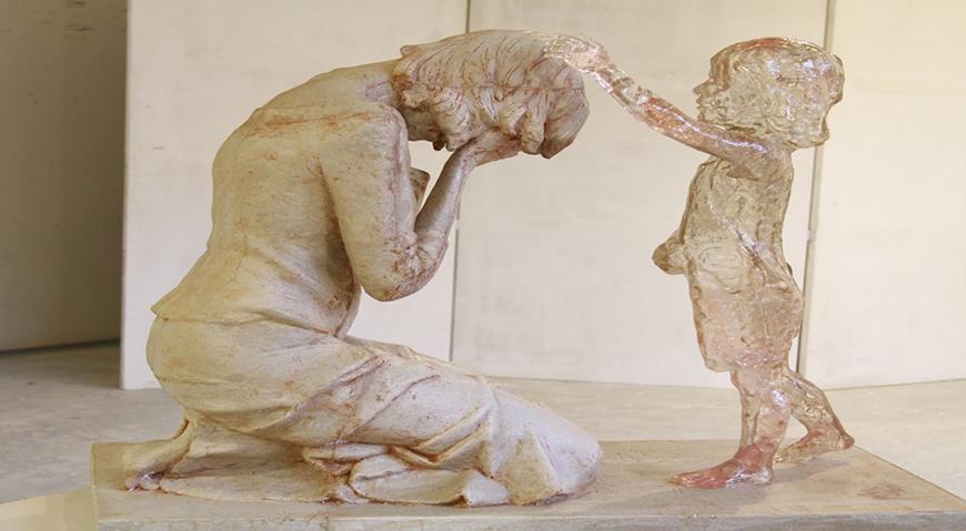 2014-04-01 mujer con niño