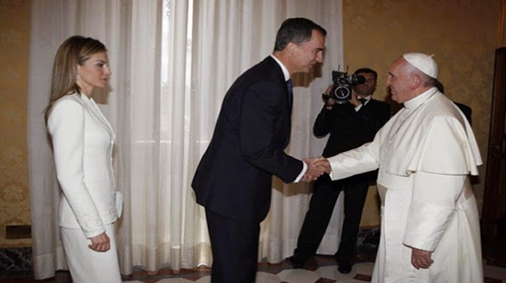 2014-07-20 doña leticia ante el papa