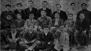 Requeté del Patronato Obrero Tradicionalista de Barcelona (Fotografía: Vademecun del jaimista enero 1913, Fondo: Familia Pérez- Roldán)