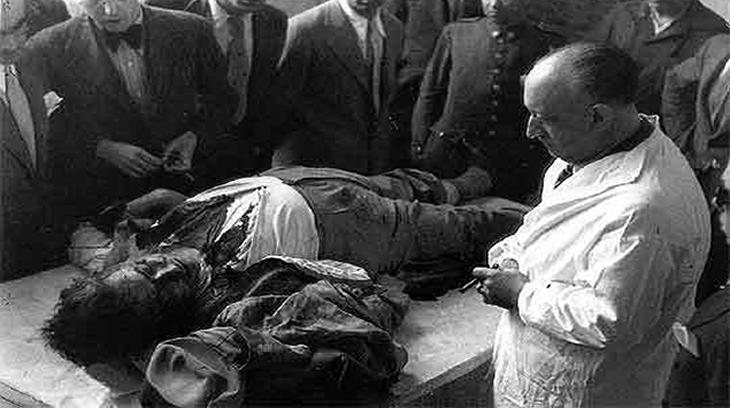 El cadáver de Calvo Sotelo  tras su asesinato por la izquierda republicana.
