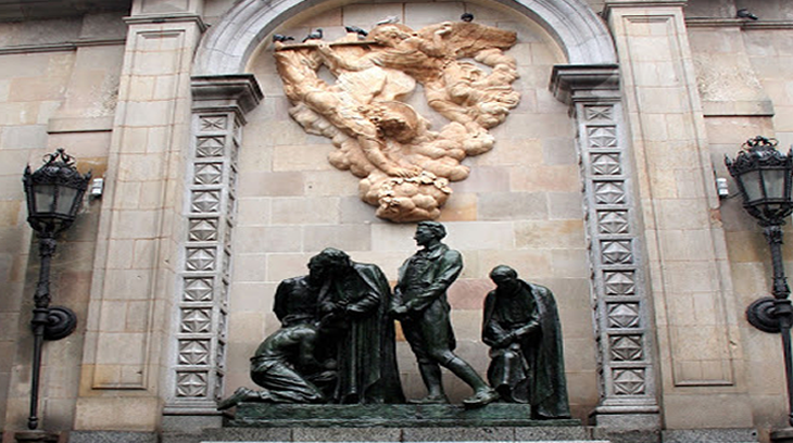 2015-04-09 monumento a los heroes