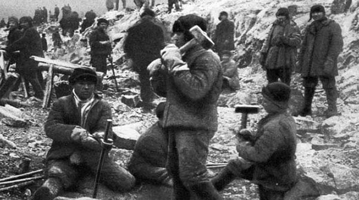 El gulag ( siglas de campos penitenciarios y de trabajos rusos). Los comunistas, al igual que los nazistas, tuvieron sus campos de concentración vergüenza de la humanidad.