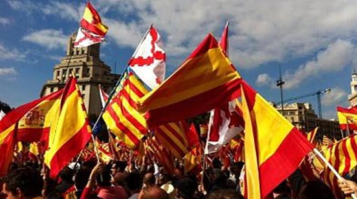 2017-10-01 banderas españolas