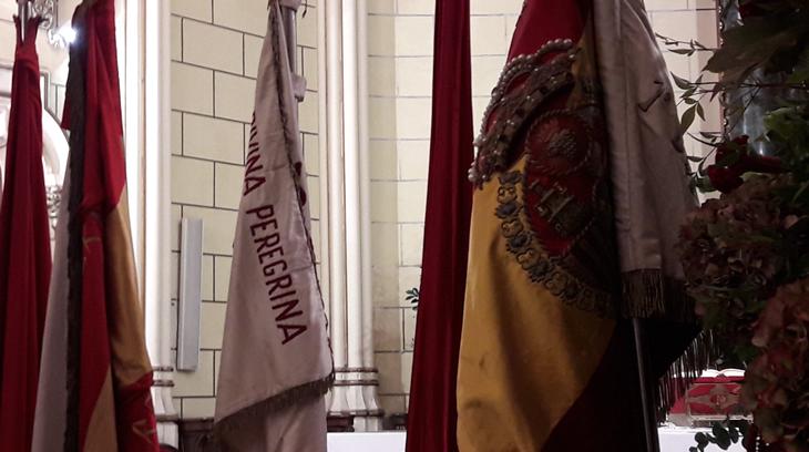 2017-10-05 banderas de la cruzada