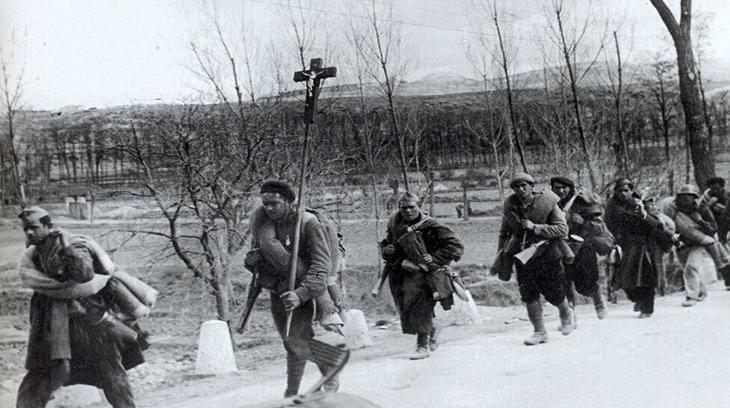Los requetés defendieron España bajo el símbolo de la cruz
