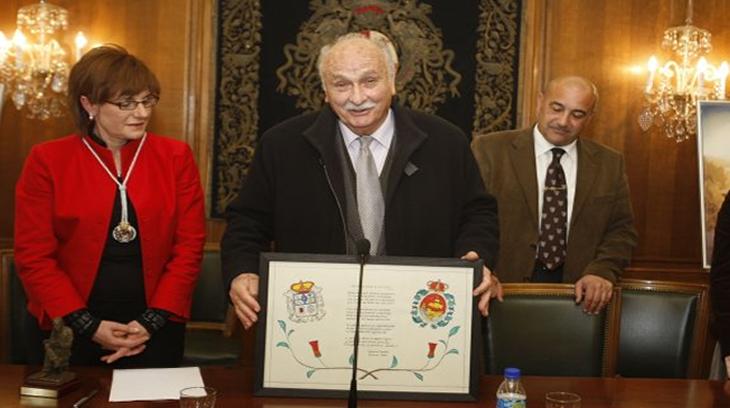 Efraín Canella