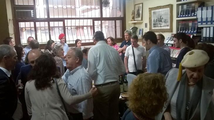 Los carlistas en un refrigerio tras los actos del XXX aniversario del Congreso de la Unidad Carlista