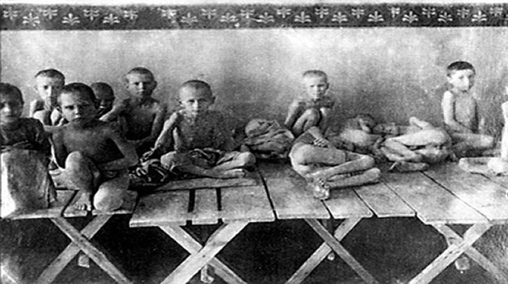 Stalin no sólo persiguió a los judios, sino a todo disidente e incluso a los propios comunistas. El dictador comunista supo hacer del hambre la mayor arma de destrucción.