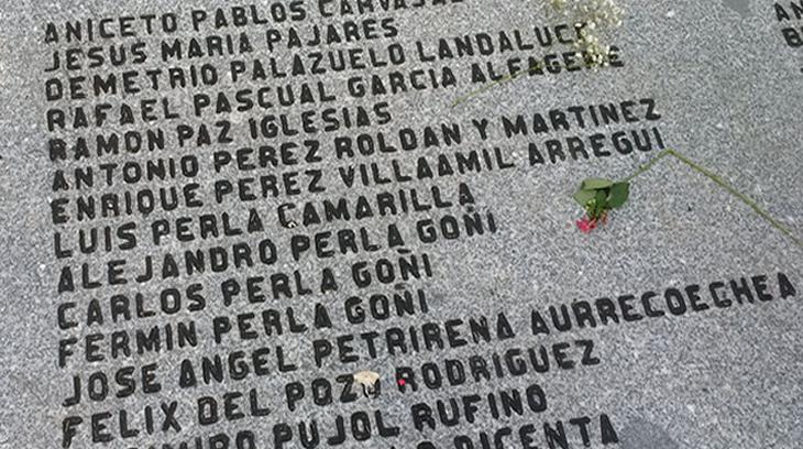 Lapida recordatoria de algunas de la víctimas del terror rojo que descansan en el